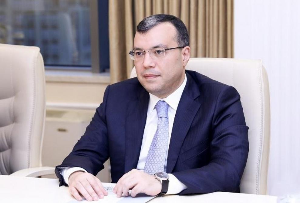 Sahil Babayev şəhid ailələri ilə görüşüb